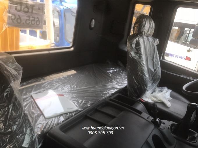Xe ben 15 tấn Hyundai HD270 nhập khẩu 2019